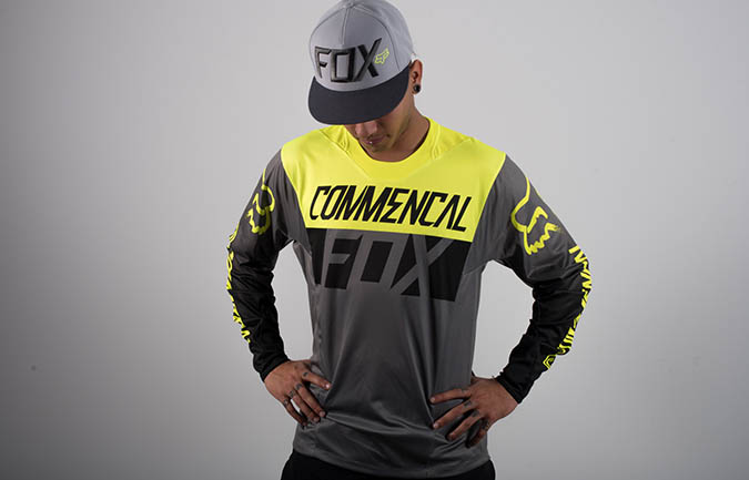MAILLOT COMMENCAL PAR FOX HEAD JAUNE 2016